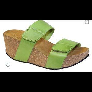 Lola Sabbia Sandals